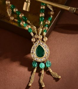traditional necklace rafinity