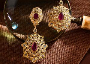 Boucles d'oreilles en or rose haute joaillerie