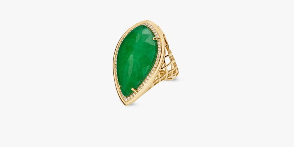 18K gold ring set with zirconium and green opaline.