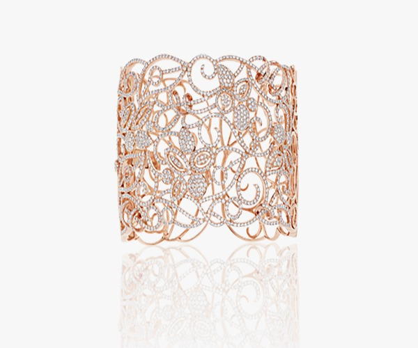 Manchette-en-or-rose diamants