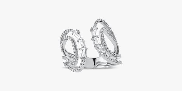 Bague-raffinée-et-élégante-en-or-18k-diamants